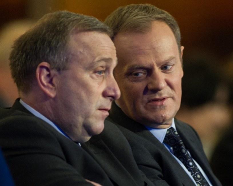 Grzegorz Schetyna i Donald Tusk /Andrzej Iwańczuk/Reporter /East News