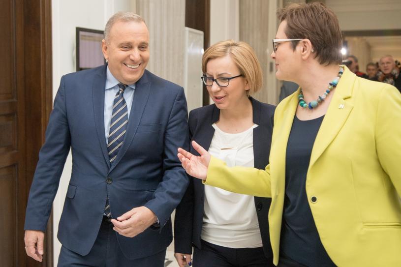 Grzegorz Schetyna i Katarzyna Lubnauer w dniu podpisania listu intencyjnego ws. koalicji na wybory samorządowe /Pawel Wisniewski /East News