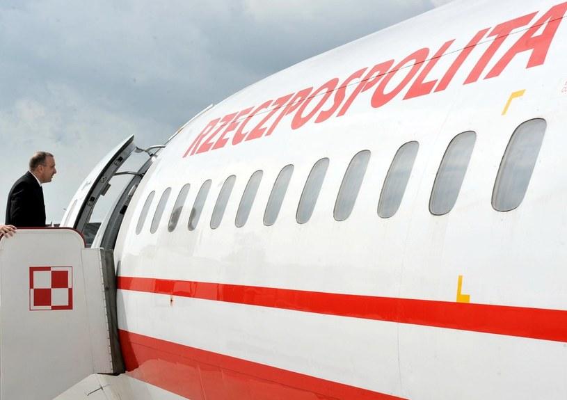 Grzegorz Schetyna wsiada na pokład samolotu /Lech Gawuc /Reporter