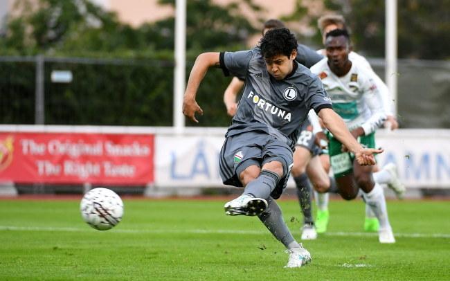 Guilherme strzelił pierwszego gola dla Legii /BARTLOMIEJ ZBOROWSKI /PAP