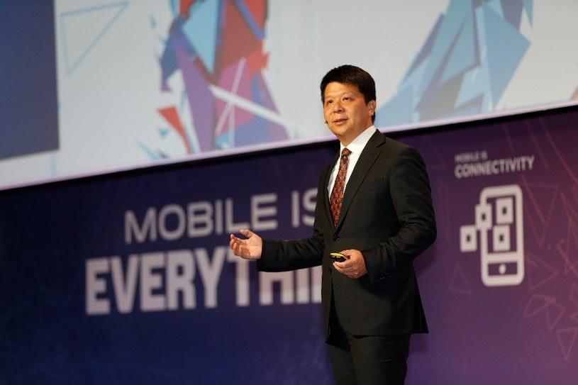 Guo Ping, Wiceprezes Huawei, podczas przemówienia na  Mobile World Congress 2016 /materiały prasowe