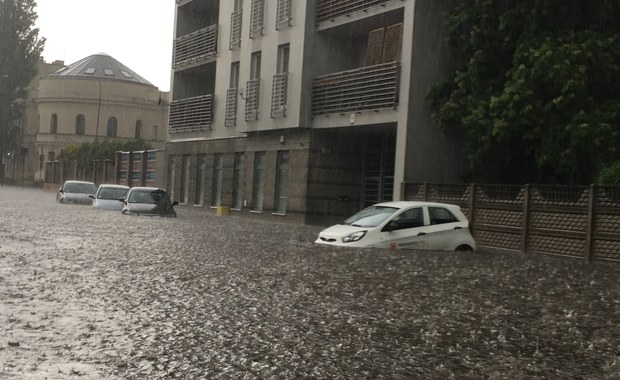 Gwałtowne burze przeszły przez Polskę. Dużo deszczu spadło w Gdańsku i Łodzi