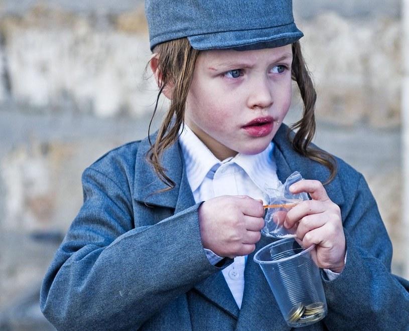 Halacha, prawo które reguluje żydowskie życie, nie wypowiada się jednoznacznie na temat rodzicielstwa w oparciu o in vitro /©123RF/PICSEL