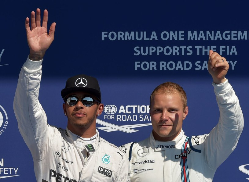 Hamilton i Bottas. Tu może iskrzyć! /AFP