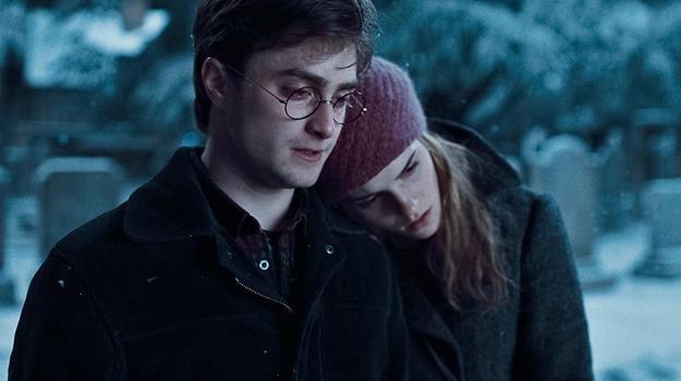 Harry i Hermiona powinni być razem - mówi po latach J.K. Rowling /materiały prasowe