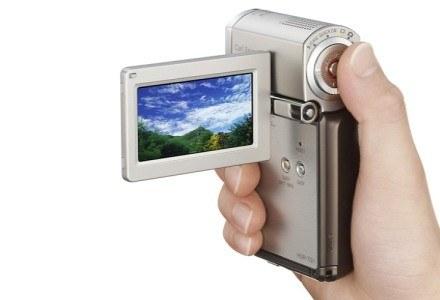 HDR-TG3 - najmniejsza kamera HD na rynku /materiały prasowe