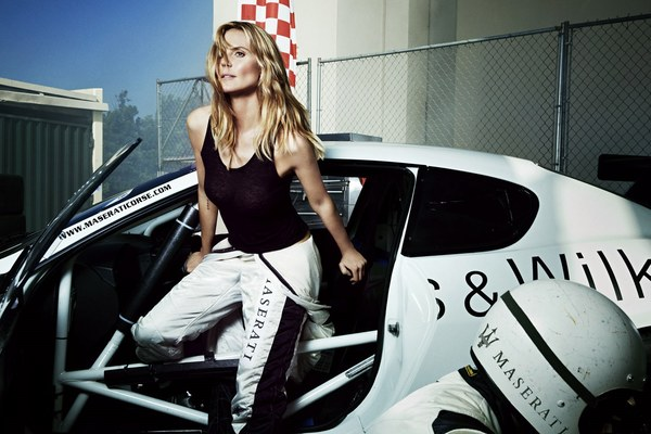 "Heidi Klum i Maserati na łamach ""Swimsuit Issue"""