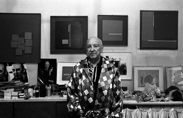 Henryk Stażewski w swojej pracowni, fot. Czesław Czapliński /Fotonova