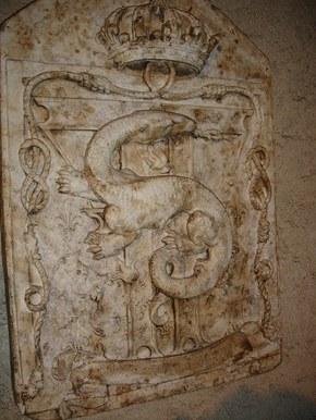 Herb krola Franciszka I - salamandra XVI wiek.