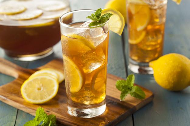 Herbata mrożona /123/RF PICSEL