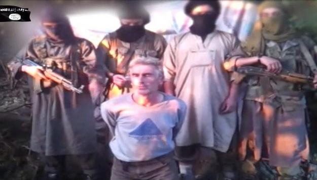 Herve Gourdel został zamordowany w środę //JUND AL-KHILAFAH / ISLAMIC STATE / HANDOUT /PAP/EPA
