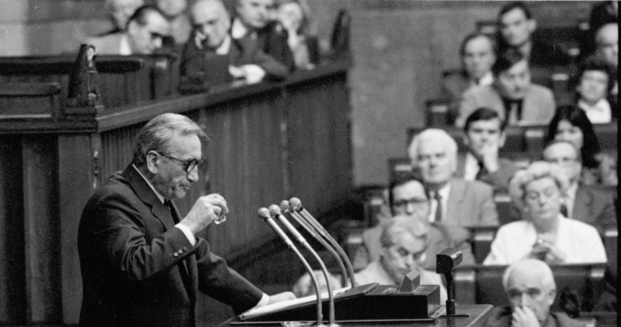 Historyczne momenty. Tadeusz Mazowiecki na zdjęciach
