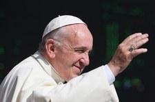 Hiszpańska prasa: Papież Franciszek podąża śladami Jana Pawła II