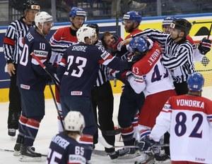 Hokejowe MŚ: Czesi i Rosjanie w półfinałach
