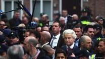 Holandia: Kontrowersyjny Geert Wilders i jego antyimigrancka PVV tracą prowadzenie