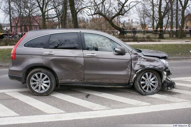 Honda CR-V po zakończeniu pościgu /Policja