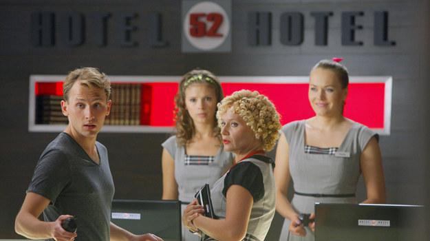 """""""Hotel 52"""" zdetronizowany przez """"Przyjaciółki"""""""