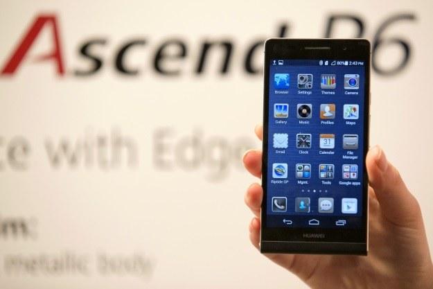 Huawei Ascend P6 to najsmuklejszy smartfon na rynku /AFP