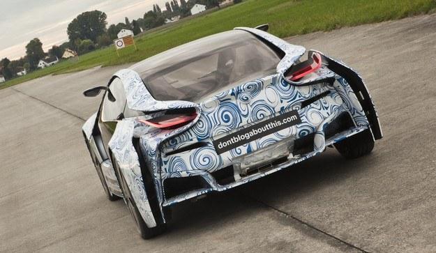 Hybrydowe BMW na torze /