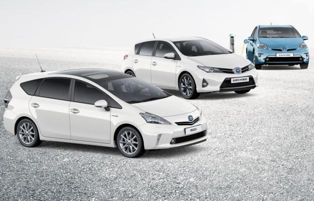 Hybrydowe samochody są coraz popularniejsze /