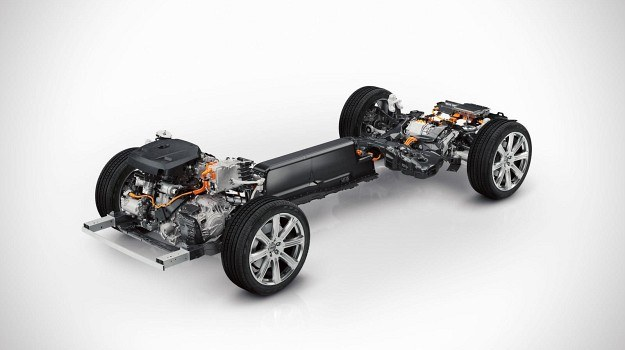 Hybrydowy napęd nowego Volvo XC90 /Volvo