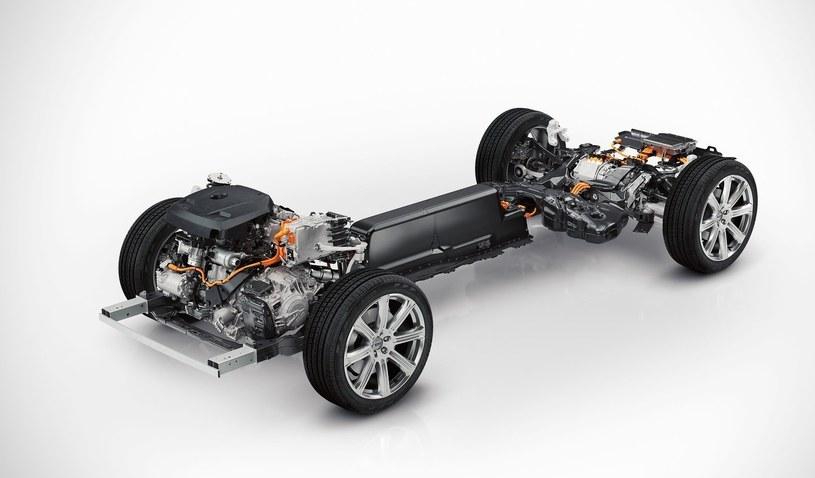 Hybrydowy układ napędowy Volvo XC90 /