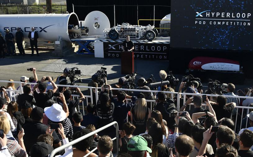 Hyperloop może powstać w Polsce /AFP