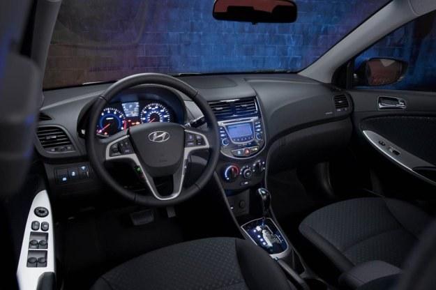 Hyundai accent /