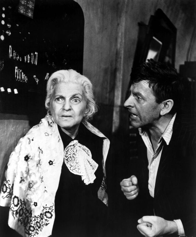 """Ida Kamińska w filmie """"Sklep przy głównej ulicy"""" /Everett Collection /East News"""