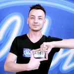 """""""Idol"""": Czy Filip Moniuszko umie śpiewać? Zakład jurorów!"""