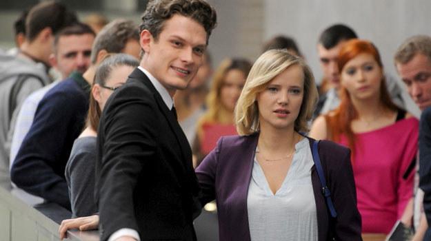 Igą zainteresuje się nią zabójczo przystojny Robert (Adam Fidusiewicz). /Agencja W. Impact