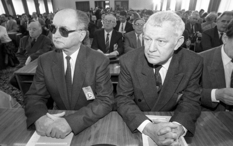 II Kongres SdRP n/z Wojciech Jaruzelski i Mieczysław Rakowski /Iwańczuk/REPORTER /East News