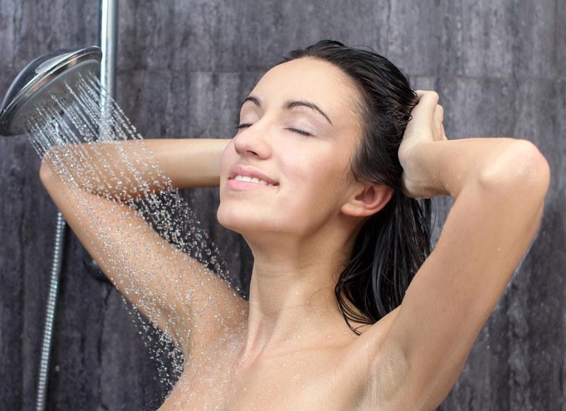 Im częściej się myjesz tym więcej chorujesz? To może być prawda! /©123RF/PICSEL