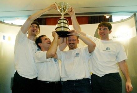 Imagine Cup 2004, Brazylia. Drużyna z Francji wygrywa w kategorii projektowanie oprogramowania /AFP