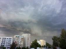 IMGW ostrzega przed gwałtownymi burzami z gradem