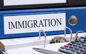 Imigranci: Fala obcokrajowców dopiero zaleje Polskę?