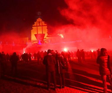 Incydent pod Jasną Górą. Kibice mieli zaatakować protestujących