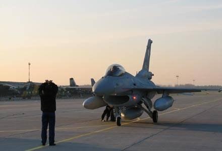 Incydent z F-16 bada Komisja Wypadków Lotniczych. /RMF