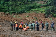 Indonezja: Lawina błotna zabiła 7 osób