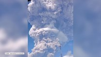 Indonezja spowita dymem. Erupcja wulkanu Sinabung