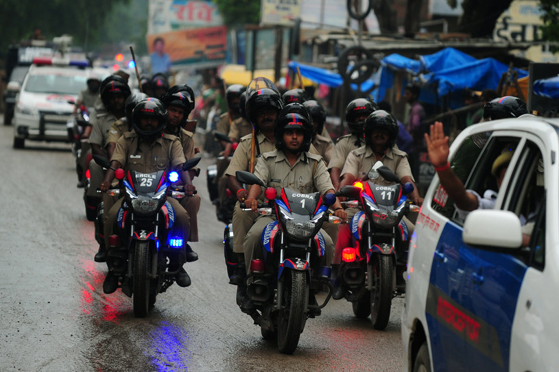 Indyjscy policjanci /AFP