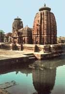 Indyjska sztuka, świątynia Muktesvara  w Bhubaneswar, X. w. /Encyklopedia Internautica