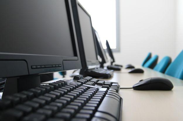 Ingnorujemy kwestie bezpieczeństwa w internecie  fot. Ante Vekic /stock.xchng