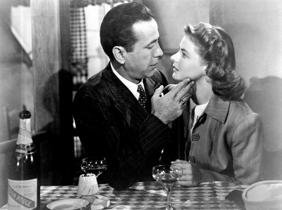 "Ingrid Bergman i Humphrey Bogart w ""Casablance"" /Photoshot    /PAP"