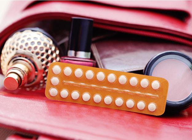 Inny klimat i stres mogą wpłynąć na skuteczność antykoncepcji /- /123RF/PICSEL