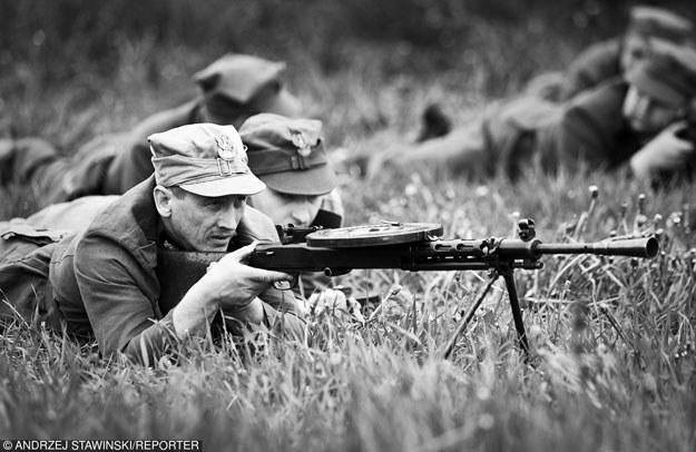 """Inscenizacja historyczna """"Żołnierze Wyklęci"""" (zdjęcie ilustracyjne) /Andrzej Stawiński /Reporter"""