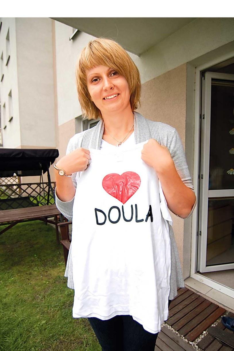 Instytucja  douli jest bardzo popularna na zachodzie Europy. Zjawisko dotarło także do Polski. Obecnie doulom patronuje fundacja Rodzić po ludzku /Konrad Piskała /Rewia