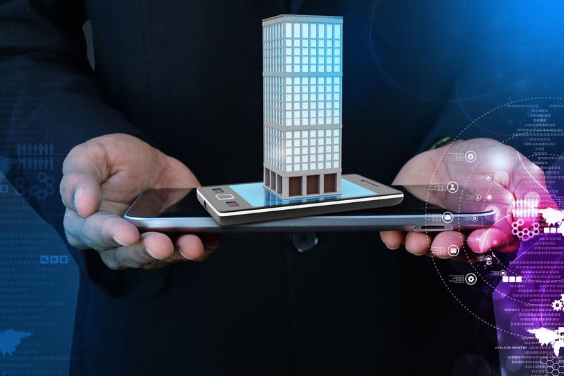 Inteligentne miasto nie jest pustym hasłem - smart city stało się faktem. Czy polskie miasta podążą za tym trendem? /©123RF/PICSEL