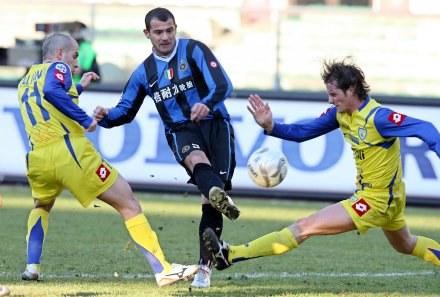 Inter zagra z Cagliari w sobotę o 15.00, a nie o 20.30 /AFP