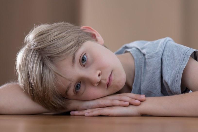 Interakcja społeczna i komunikacja pomagają w życiu i dzieciom, i dorosłym /©123RF/PICSEL